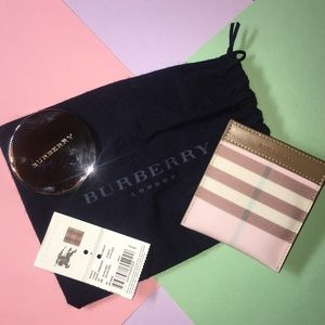 Burberry Compact Mirror and Pouch Set
